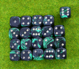 20 x 15mm DICE green Oblivion