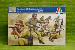 German Afrikakorps WWII 1/72 Scale Italeri Kit 6076