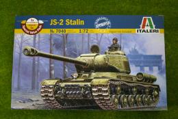 JS-2 Stalin Tank 1/72 Scale Italeri Kit 7040