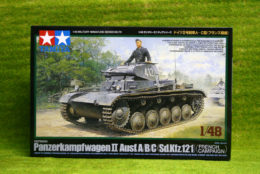 Tamiya GERMAN PANZER II Ausf A/B/C  1/48 Scale kit 32570