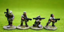 SYNGUREE DESERT FIGHTERS pack of 8 Figures set 2 Trent Miniatures 28mm