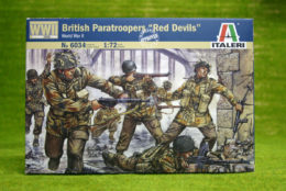 WWII BRITISH PARATROOPERS 'RED DEVILS' 1/72 Scale Italeri Kit 6034