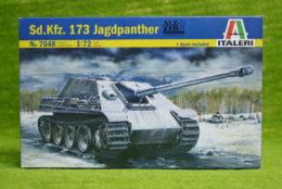 Italeri Sd. Kfz. 173 JADGPANTHER 1/72 Scale Kit 7048