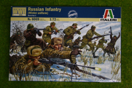 Russian Infantry Winter Uniforms WWII 1/72 Italeri 6069