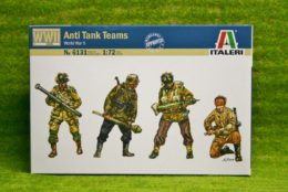 ANTI TANK TEAMS WWII 1/72 Scale Italeri 6131
