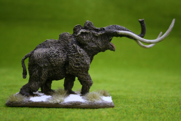 MAMMOTH (BELLOWING) DeeZee Miniatures DZ5 28mm Wargames