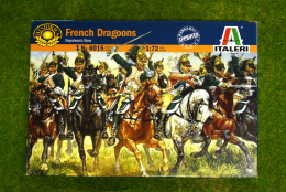 1:72 Scale Napoleonic FRENCH DRAGOONS  Italeri 6015