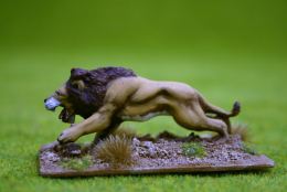 LION ATTACKING DeeZee Miniatures DZ23 28mm Wargames