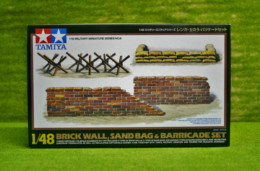 Tamiya BRICK WALL, SANDBAG & BARRICADE SET 1/48 Kit 32508