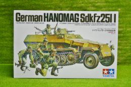 Tamiya German HANOMAG SdKfz 251/1 1/35 Scale 35020