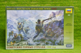 WWII SOVIET MOUNTAIN INFANTRY 1942 1/35 Zvezda set 3606