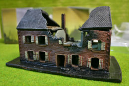 Conflix RUINED VILLAGE HOUSE PKCX6502 15mm Terrain & Diorama