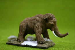 MAMMOTH CALF DeeZee Miniatures DZ27 28mm Wargames