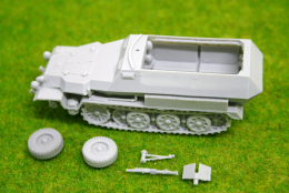 1/56 scale – 28mm WW2 GERMAN 251/1 Ausf. C Halftrack 28mm Blitzkrieg miniatures