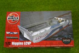 WWII HIGGINS LCVP 1/72 Scale Airfix Model Kit A02340