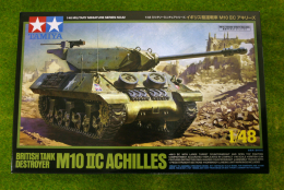 Tamiya BRITISH M10 IIC ACHILLES TANK DESTROYER 1/48 Scale kit 82