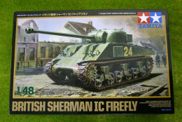 Tamiya BRITISH SHERMAN IC FIREFLY  1/48 Scale kit 32