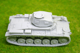 1/48 scale – 28mm WW2 GERMAN PANZER II Ausf. F resin tank Blitzkrieg miniatures