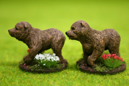 CAVE BEAR CUBS or JUVENILES DeeZee Miniatures DZ28 28mm Wargames