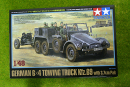 Tamiya GERMAN 6×4 TOWING TRUCK Kfz.69 w.3.7cm PAK 1/48 Scale kit 80