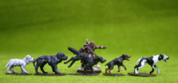 DOGS – LARGE PACK of 5 DeeZee Miniatures DZ30 28mm Wargames