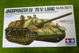 Tamiya GERMAN JAGDPANZER IV/70 LANG(V) 1/35 Scale  Kit 35340