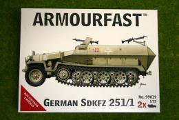 Armourfast SDKFZ 251/1  x 2 WWII 1/72 99019