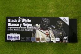 Vallejo BLACK & WHITE PAINTING SET  Model Colour 8 bottle set 70151