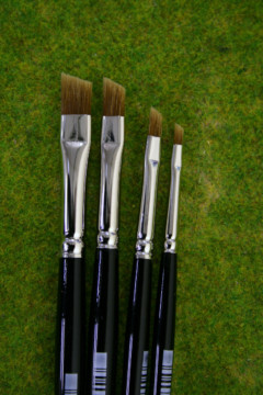 DRY BRUSHES Set of 4 Nylon brushes for Dry Brushing. Expo 45300