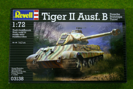 Tiger II Ausf. B Tank (Porsche Turret) 1/72 Scale Revell Kit 3138