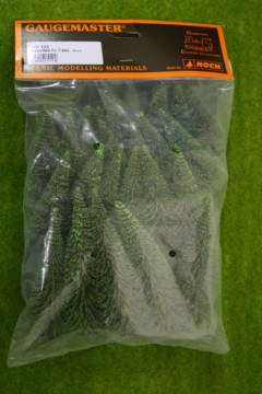 Gaugemaster Pack of 25 ASSORTED FIR TREES GM125