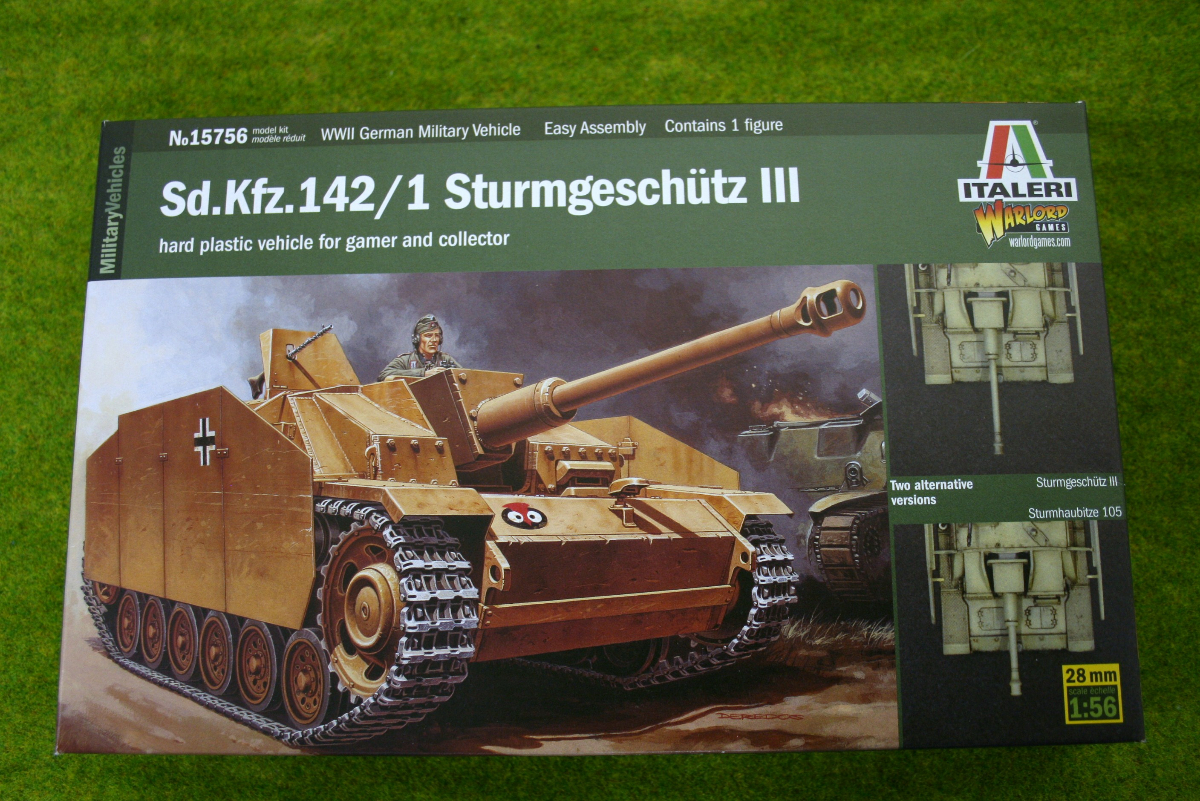 Sd.Kfz. 142/1 STURMGESCHUTZ III 1/56 Scale or 28mm kit Italeri 15756