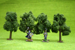 DECIDUOUS TREES 4 per pack 4 inches  JTT Scenery HO/OO Scale LS92108