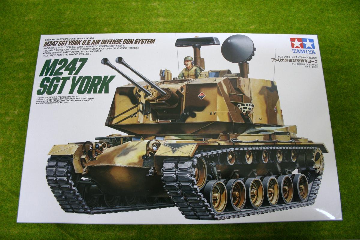 Tamiya M247 SGT YORK AIR DEFENCE GUN SYSTEM 1/35 Scale Kit 35126
