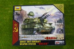 Zvezda Soviet 'SHILKA' Anti-Aircraft Weapons System Hot War 1/100  7419