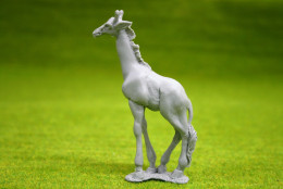 GIRAFFE – Resin model DeeZee Miniatures DZ34 28mm Wargames & RPG