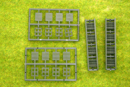 Roco Minitanks Jerry Cans on Pallets set HO or 1/87th scale 5109