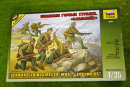 "WWII German GEBIRGSJAEGER ""EDELWEISS"" 1/35 Zvezda set 3599"