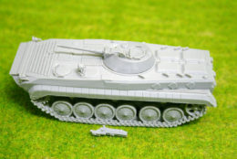 1/56 scale – 28mm SOVIET BMP – 1 APC 28mm Blitzkrieg miniatures