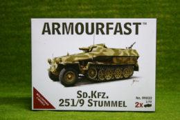 Armourfast Sd.Kfz. 251/9 STUMMEL x 2 WWII Half Track 1/72  99032