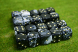 20 x 16mm DICE Black Marble 6 gold spot wargames dice