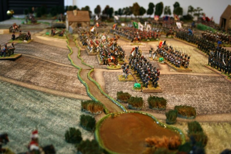 Continued French pressure forces the Allies back.