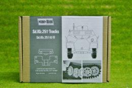 GERMAN SDKFZ 251 TRACKS 1/35 Hobby Boss 81005