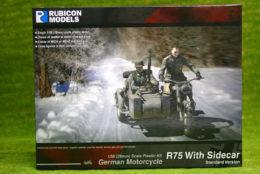Rubicon Models STANDARD German Motorcycle R75 with Sidecar RU-280051
