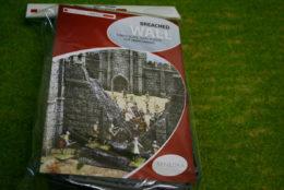 Renedra Breached Castle Wall Plastic Scenery Terrain 28mm – 1/56th Scale
