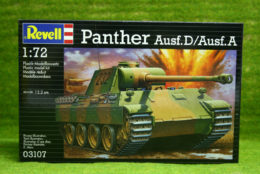 PANTHER Ausf. D/Ausf. A 1/72 Scale Revell Military Kit 03107