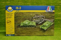 IS2 Fast Assemble Russian Tank 1/72 Scale Italeri Kit 7502