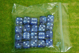 20 x 16mm DICE BLUE PEARL 6 WHITE spot wargames dice