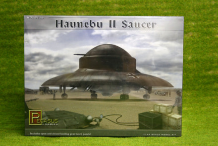HAUNEBU II Saucer 1/144th scale German Flying Saucer Pegasus 9119