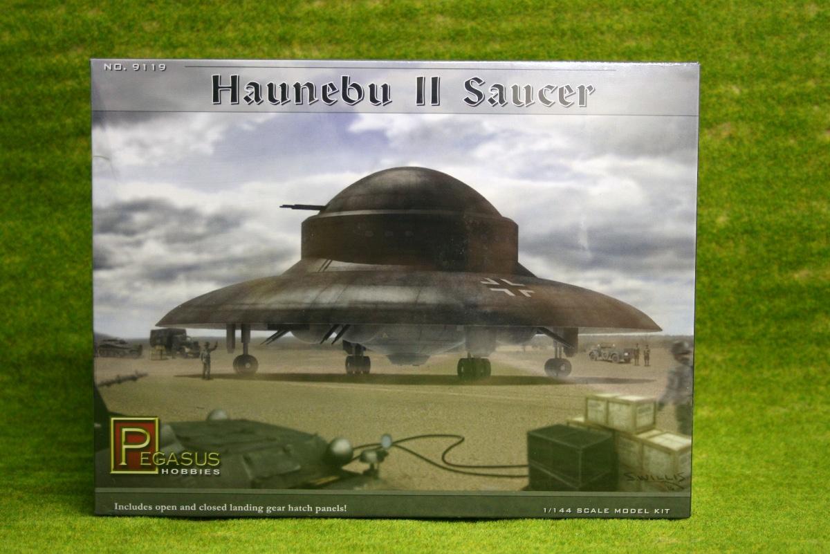 Haunebu Ii Saucer 1144th Scale German Flying Saucer Pegasus 9119